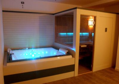 Combinato sauna-vasca idromassaggio in provincia di Vicenza