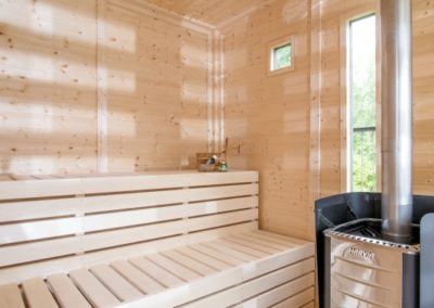 uploads_20170428081117_Sauna Cube - Inside 3