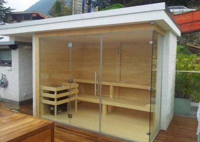 Sauna vetrata esterna