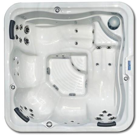 Square hot tub Portofino