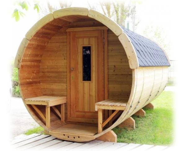Esterno sauna a botte