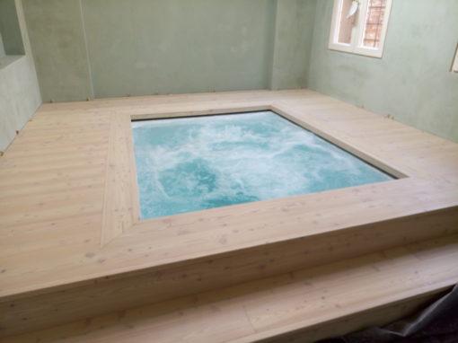 Bagno turco, vasca idromassaggio e doccia emozionale in mosaico