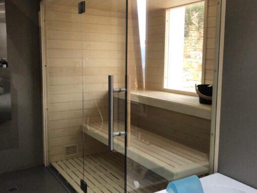 Sauna con vetrate privato Liguria
