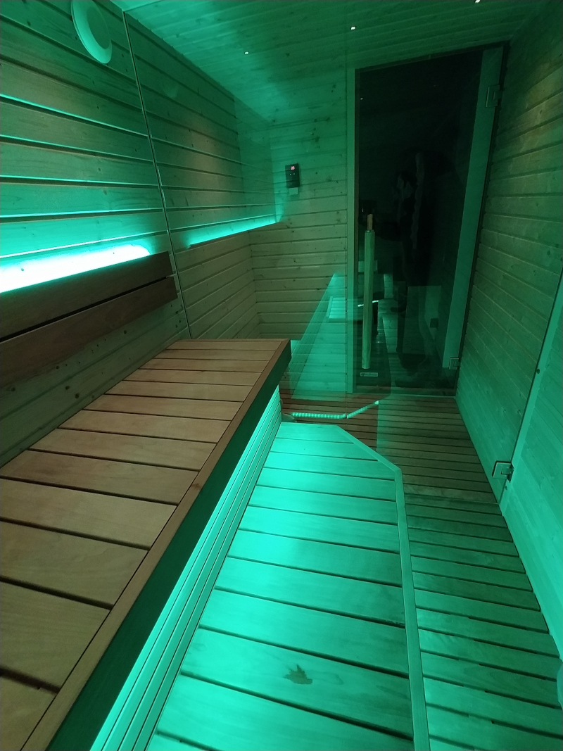 sauna vista spogliatoio